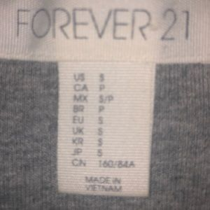 Forever 21 Tops - Grey Crop Top